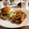 Sauls-burger-Faboda1