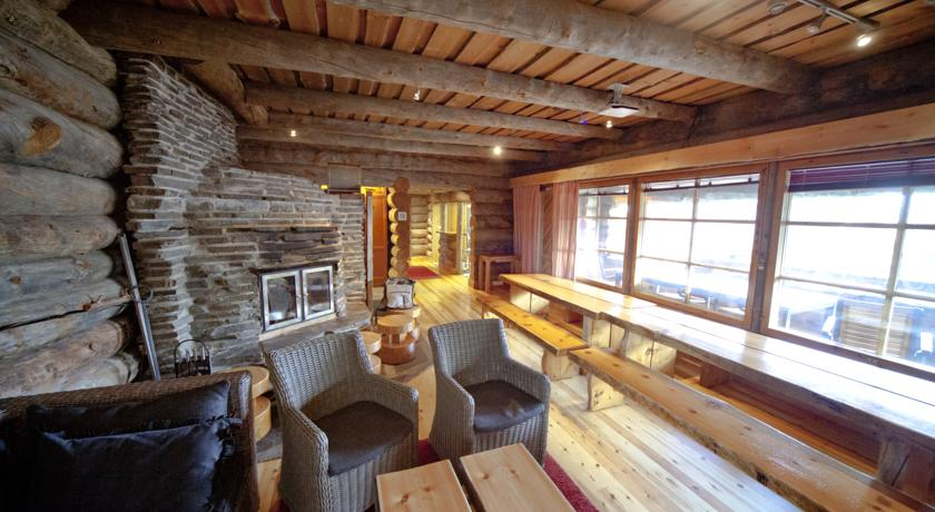 Riihilinna Ski Lodge