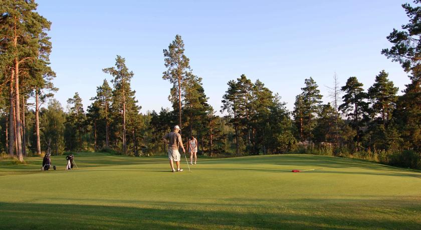 Bjärkas Golf & Country Club