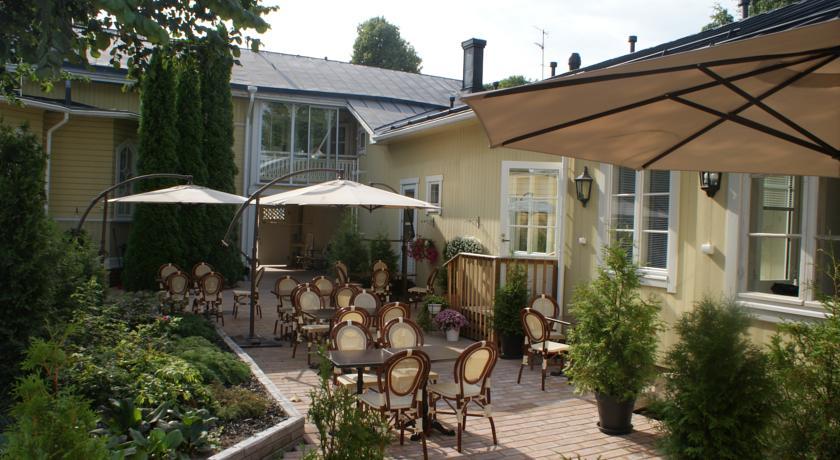 Cafe & Hotel Pusa