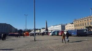 Torille! – Besök salutorget i Helsingfors